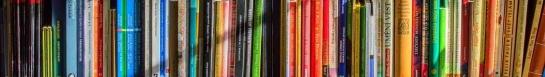 book shelves Pexels